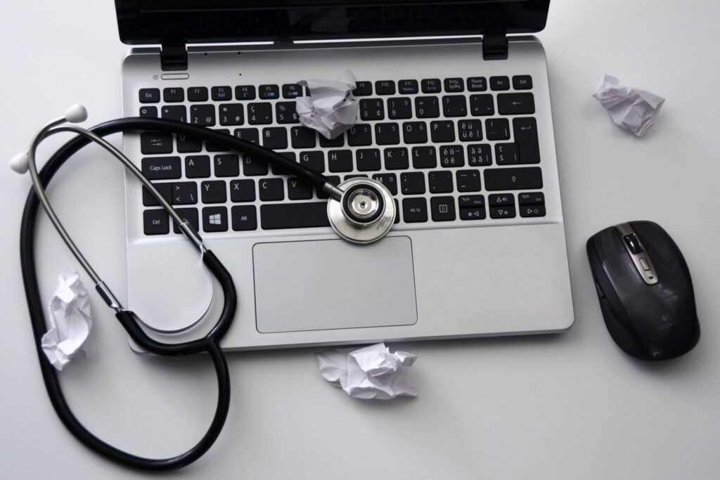 Learn the many benefits that a paperless healthcare office has for patients.